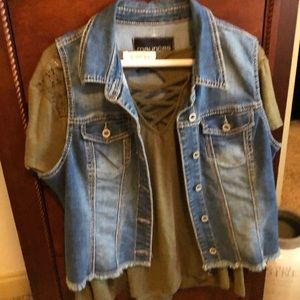 Super cute denim vest and top XL!